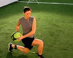 SPARQ_training_V2_everyday_drills_lunge_and_rotate_thumb